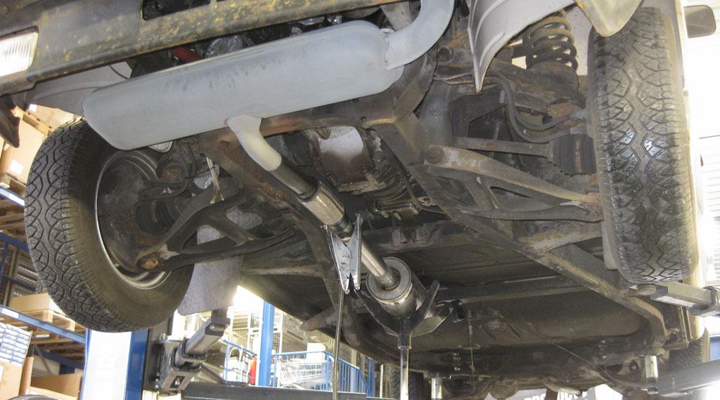 Neue Abgasanlage für den Wartburg 353S