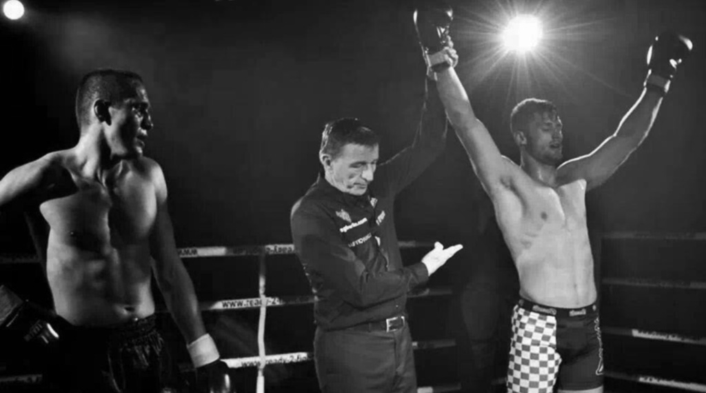 Daniel Tex gewinnt Golden Glory Fight Night 2014 in Berlin